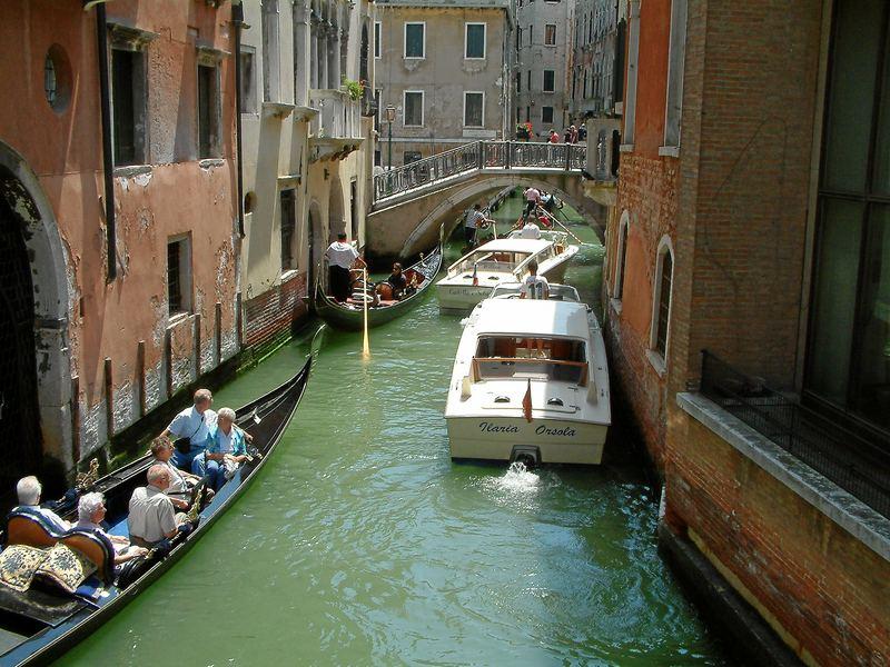 Verkehrsstau in Venedig
