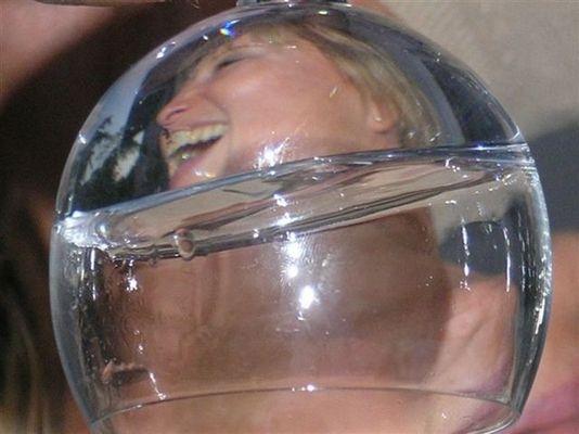 verkehrt im Glas