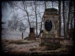 verlassener Friedhof II