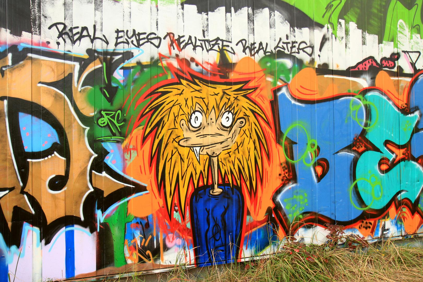 Verlassenes Bahnhofsgelände Graffiti 2