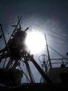 Verlassenes Schiff an den Media Docks Lübeck