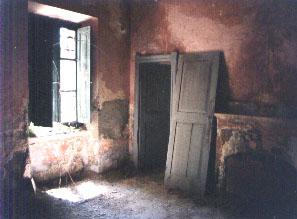 verlassenes Straßenwärterhaus Sardinien
