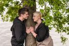 Verliebt am Baum
