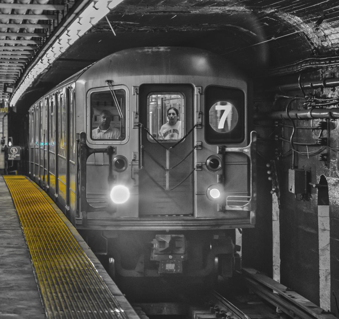 Vernon Blvd / Jackson Ave 7 Train