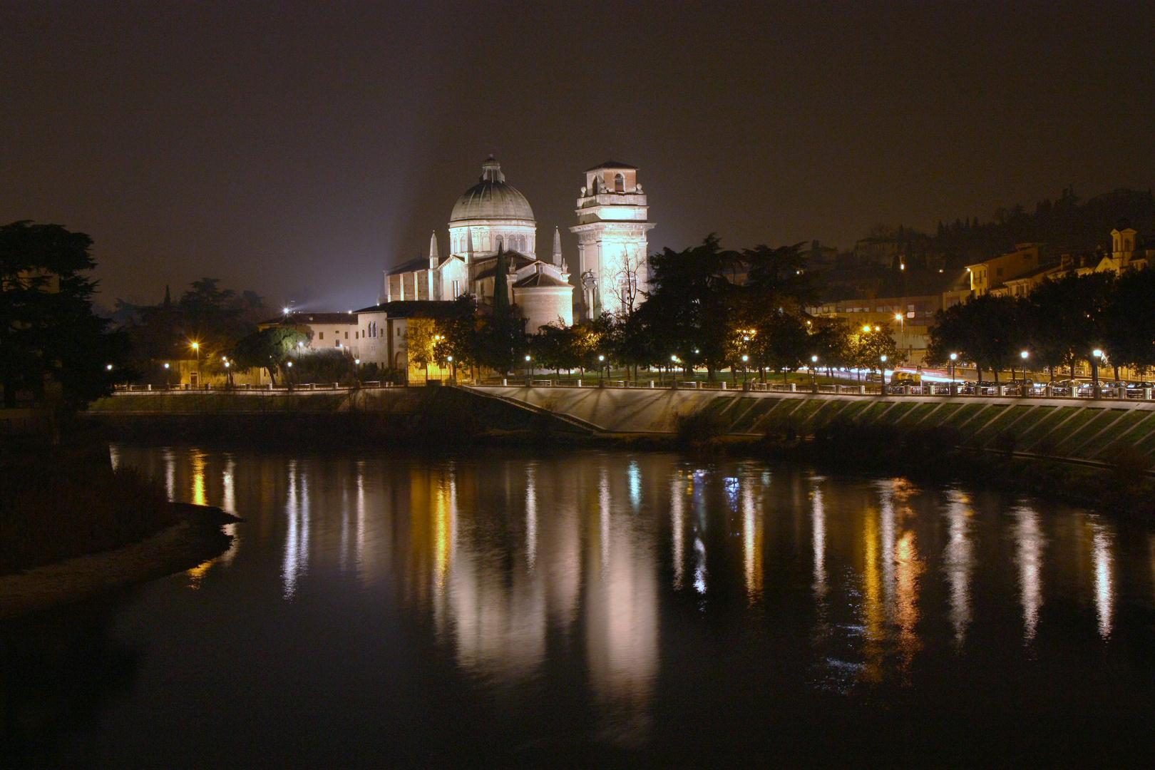 Verona @ night