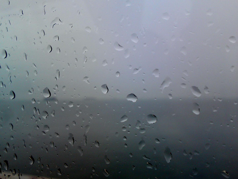 Verregneter Blick aufs Meer