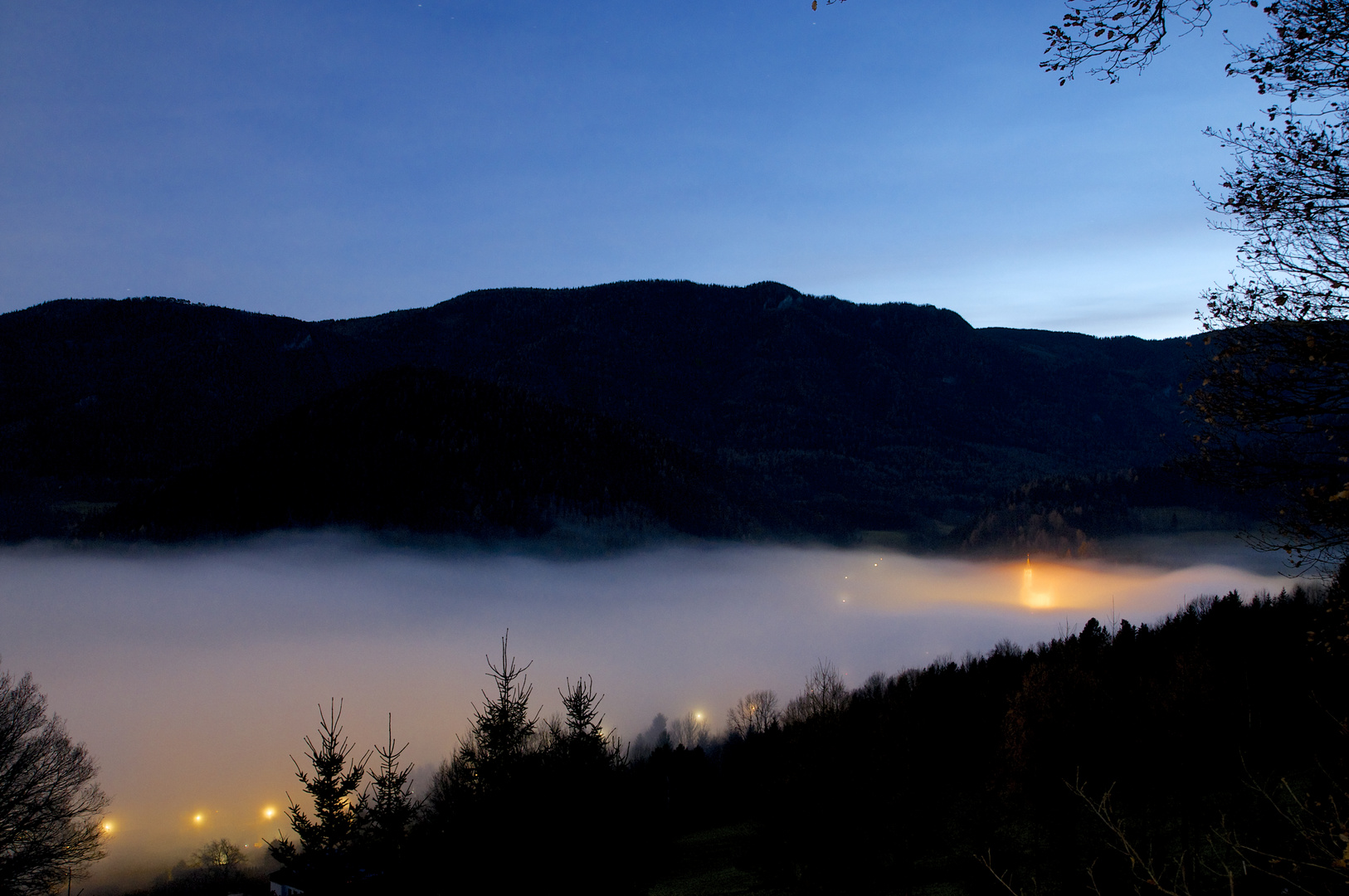 Verrsunken im Nebelmeer