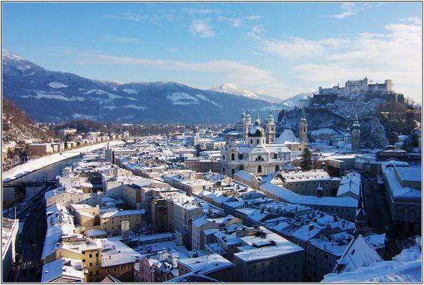 Verschneites Salzburg