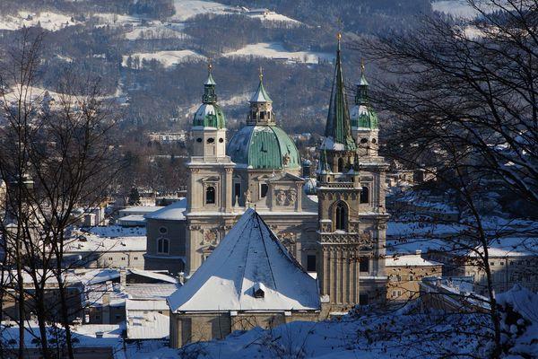 Verschneites Salzburg III