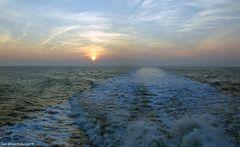 Verwirbelung des Wassers, die durch ein Schiff erzeugt wird.