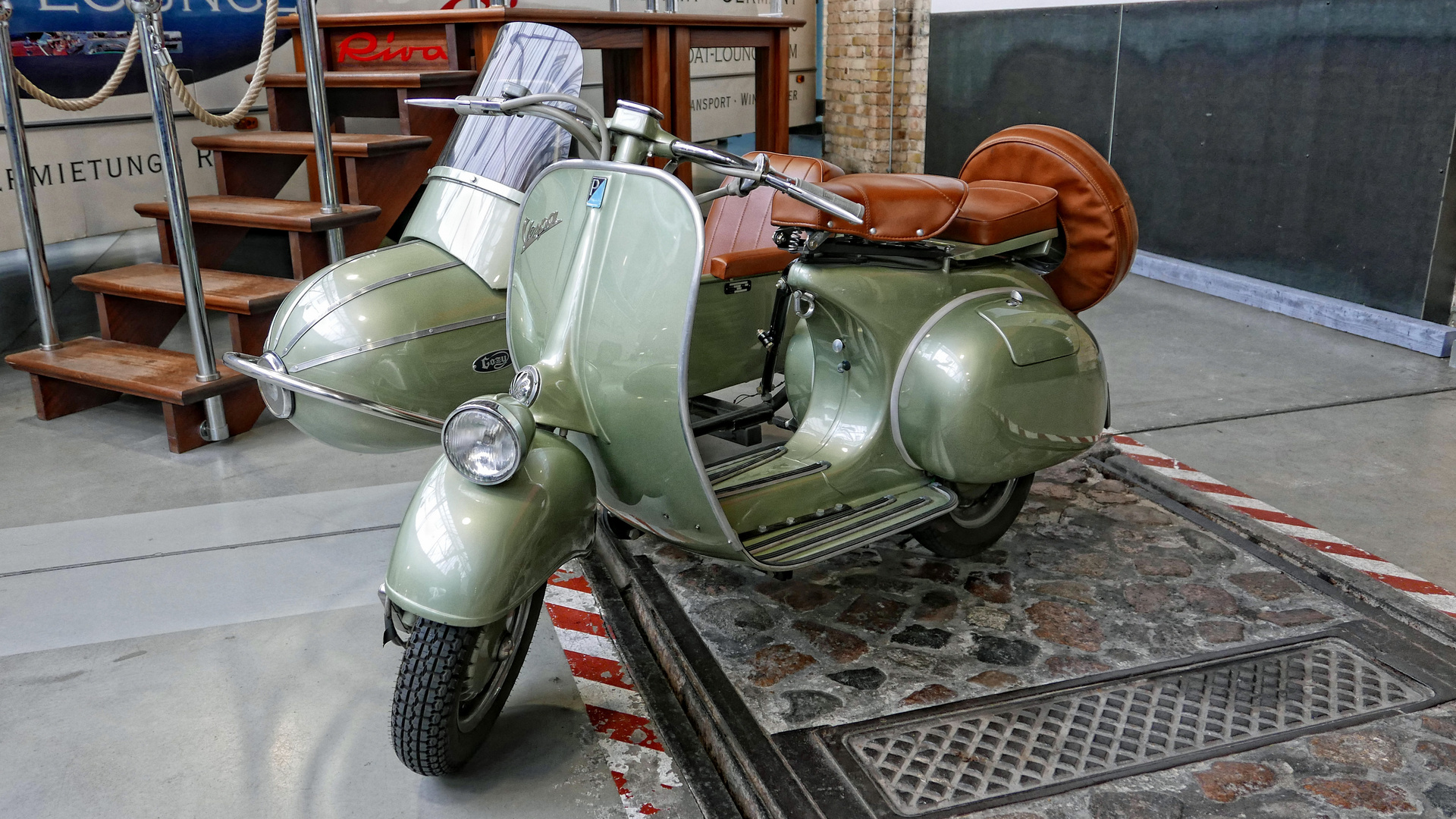 vespa gespann foto bild autos zweir der motorr der. Black Bedroom Furniture Sets. Home Design Ideas