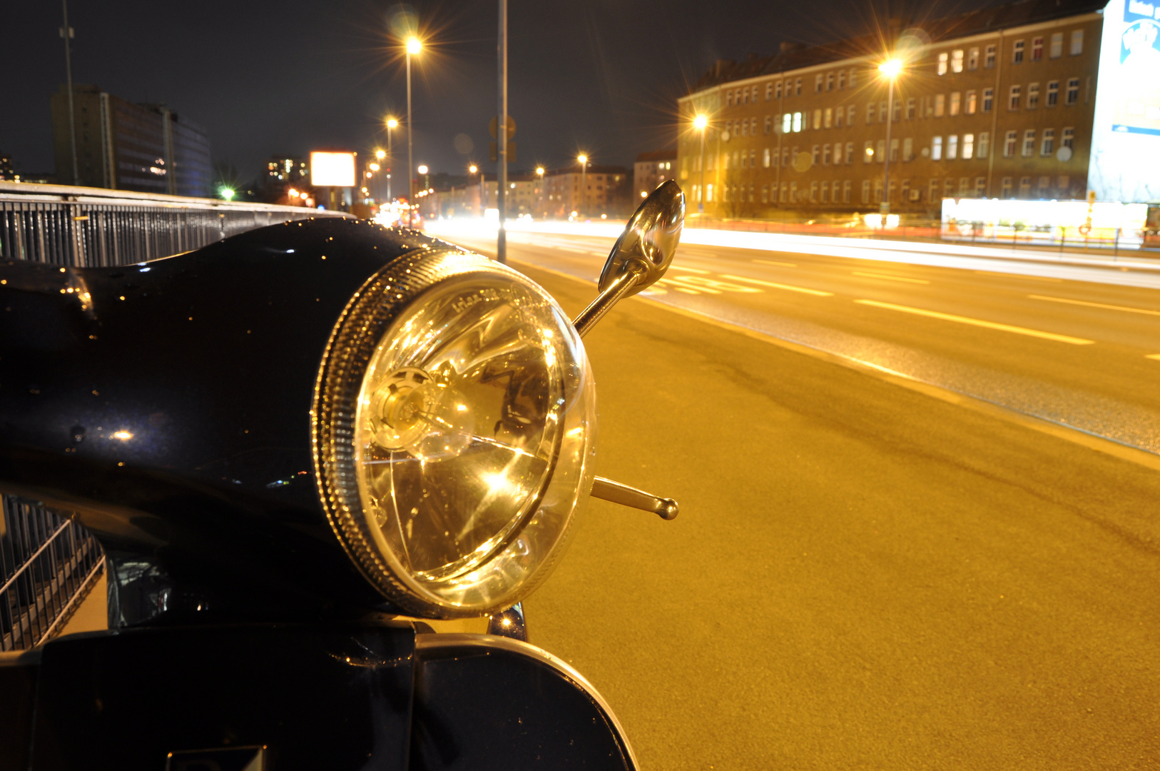 Vespa @ night