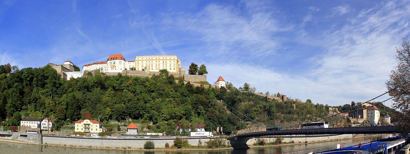 Veste an Inn & Donau