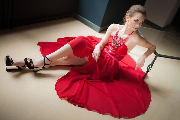 - Vestire Red 2 -