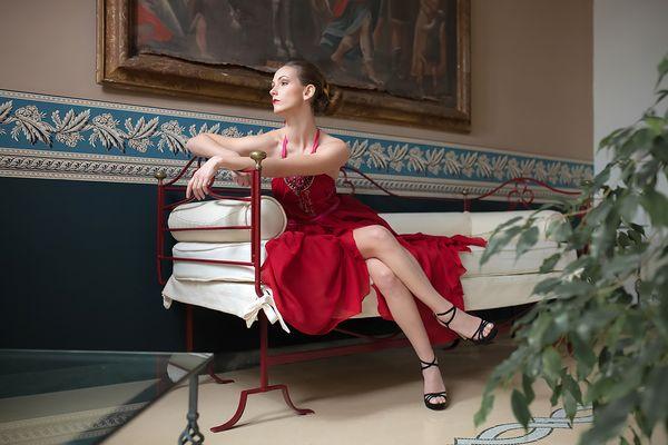 - Vestire Red 3 -