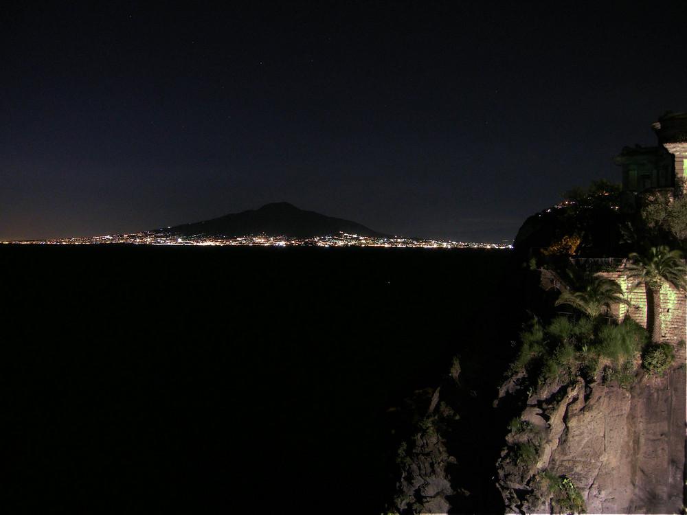 vesuvio di notte