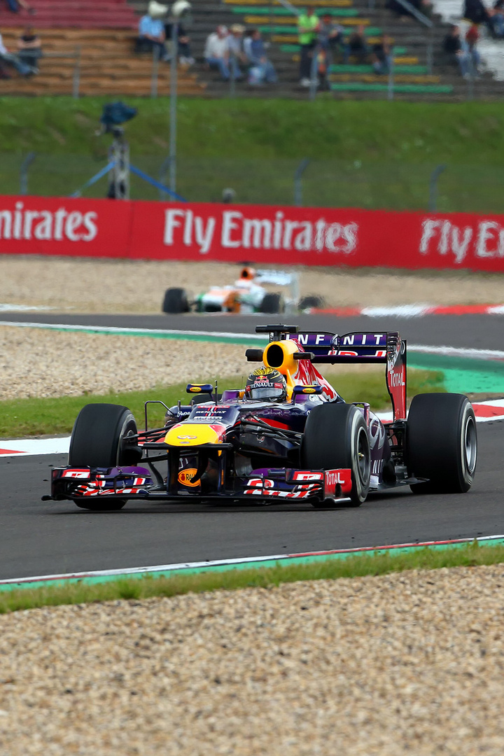 """Vettel """"im Hochformat"""""""