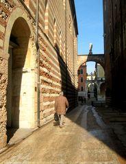 Via Dante Alighieri...Verona