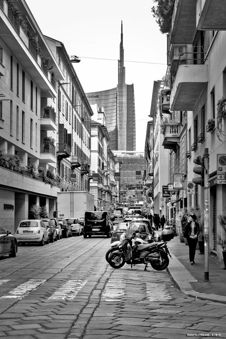 Via Solferino, Milano