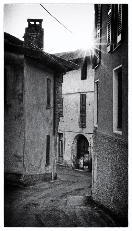 Via Varesella ...