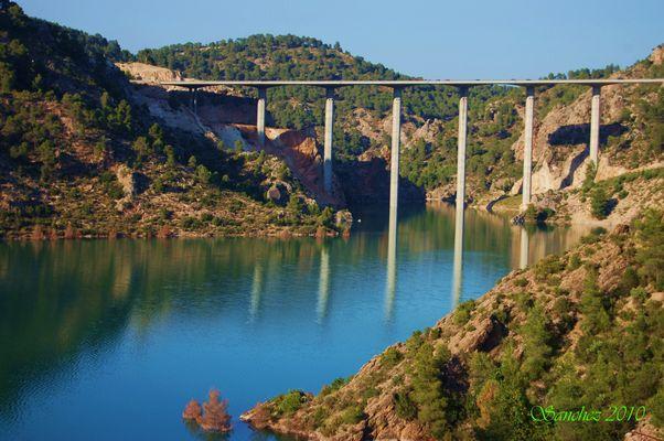 Viaducto de Contreras.