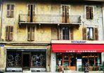 Vieilles façades centre -ville THONON les Bains