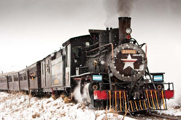 Viejo Expreso Patagònico (La Trochita) Dedicada a inoxbany por su pasiòn por los trenes.