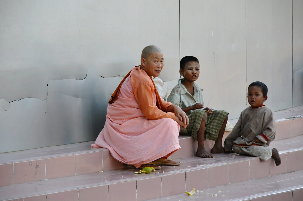 viendo pasar la vida (Myanmar)