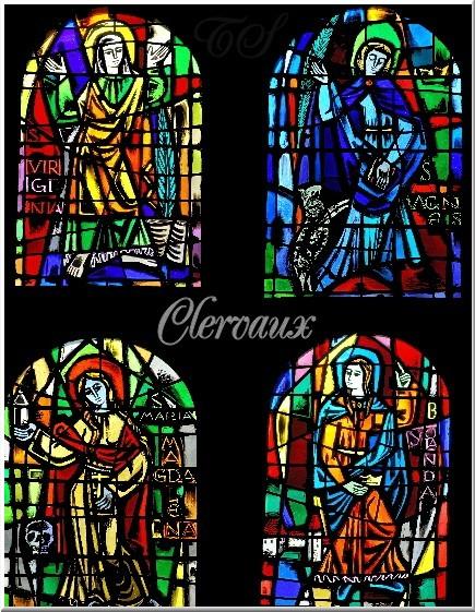 Vier Fenster
