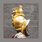 Vier Köpfe...oder Der Basilisk als Helmzier