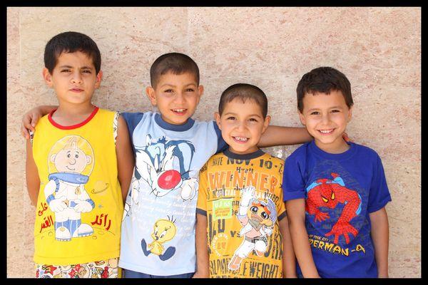 Vier von vielen Cousins