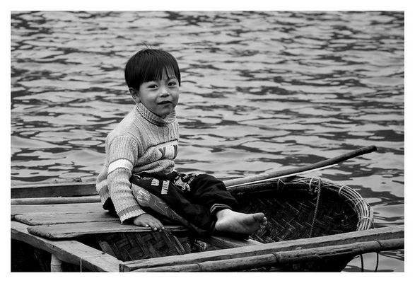 Vietnam - Halong Bay - Boy in a nutshell