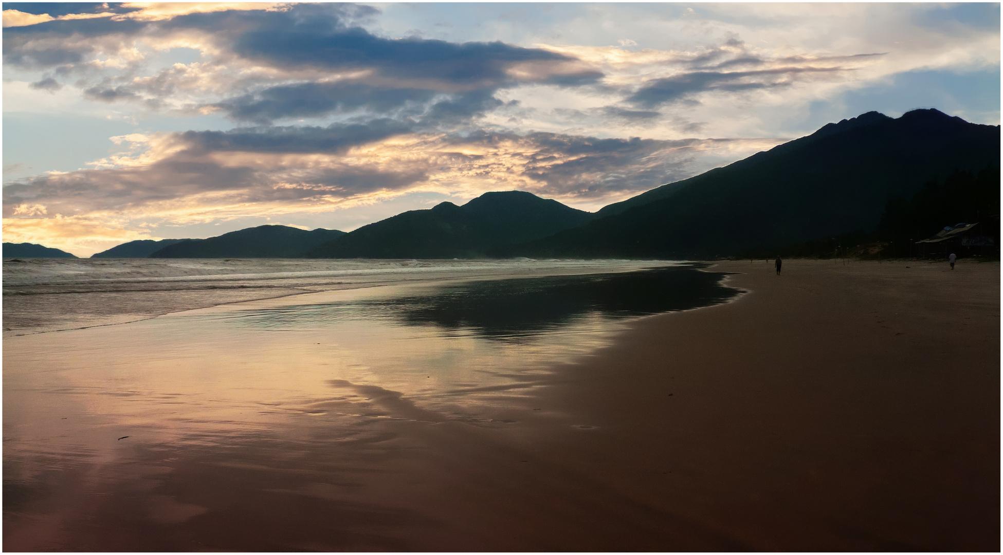 VIETNAM - La spiaggia di Lang Co