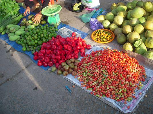 Vietnam : Marché plein de couleurs