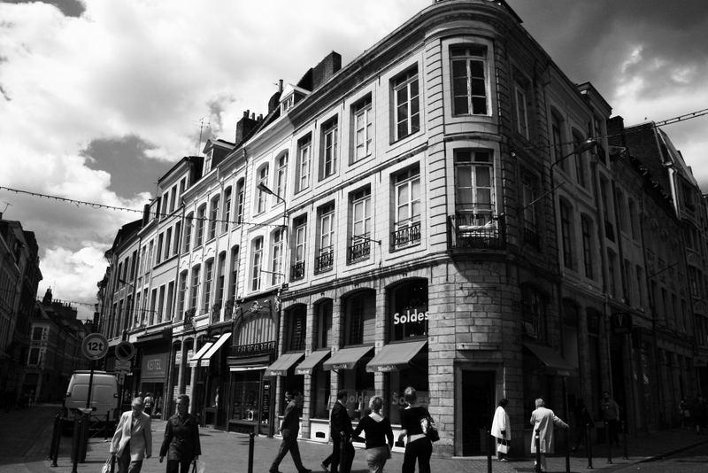 Vieux lille france photo et image architecture paysages urbains mes souv - Credence new york noir et blanc ...