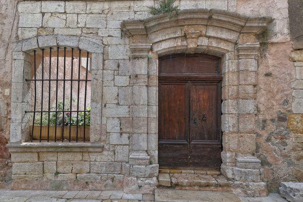 Vieux villages Aups 1