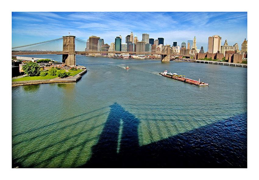 View from Manhattan-Bridge