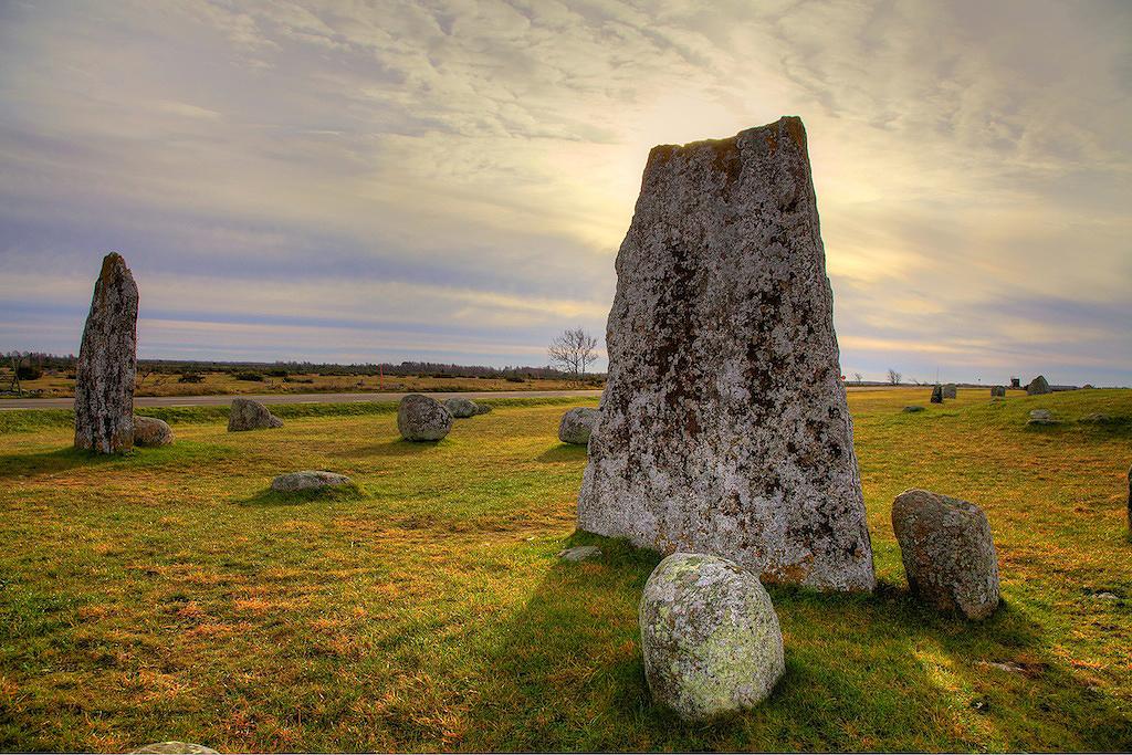 Viking Grave Iron Time