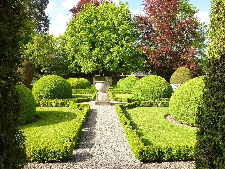 Villa Boveri mit ihrem traumhaften Park ...