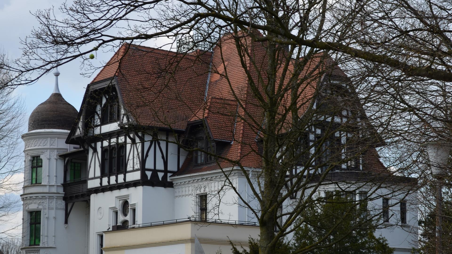 --- Villa Dickmann .. 1.   ---