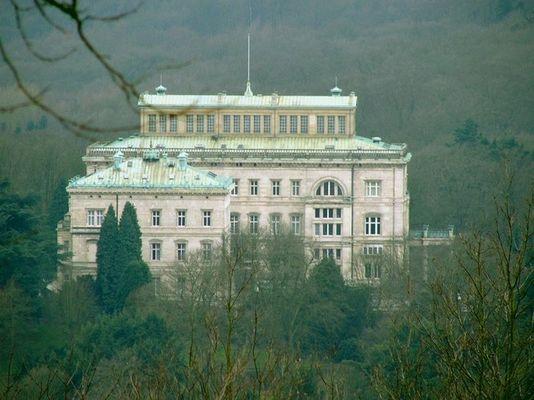 Villa Hügel...
