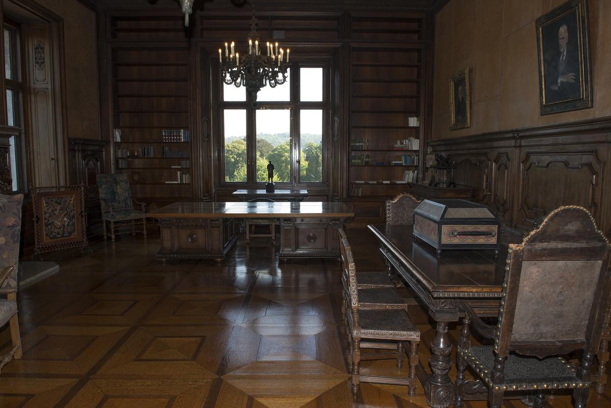 ~ Villa Hügel - Arbeitszimmer ~