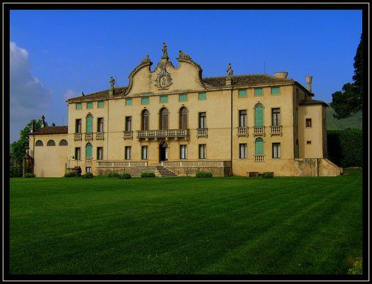 Villa Pigafetta Camerini di Montruglio :Vicenza
