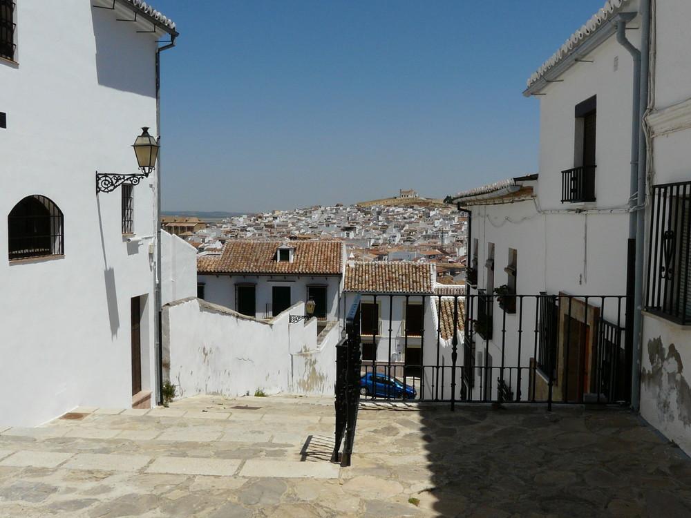 Village blanc ANTEQUERA - Andalousie juin 2008