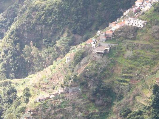 Village de montagne ( Madère )