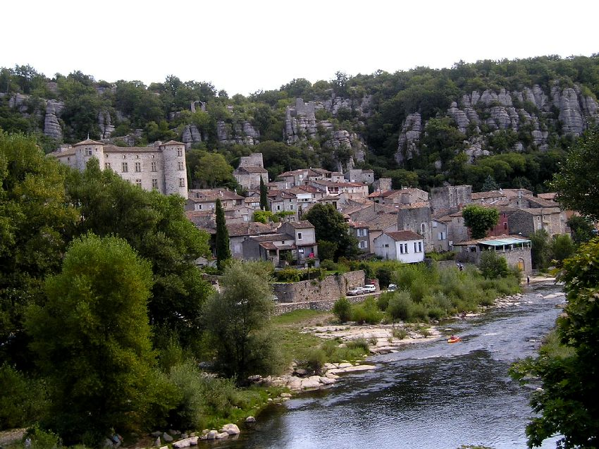 Village de Vogüe