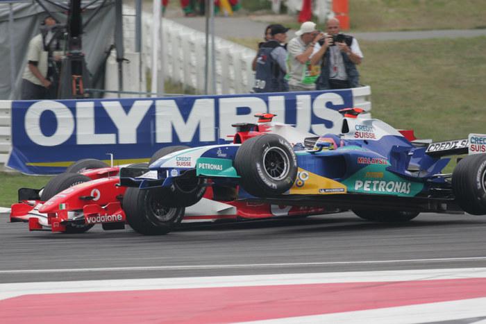 Villeneuve zum ersten!