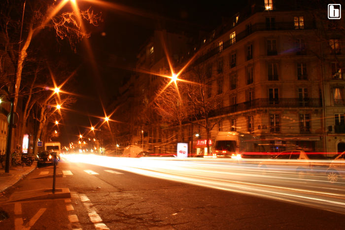 Villiers by night