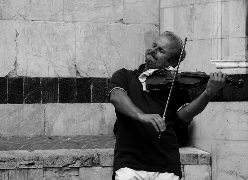 ...violinist...