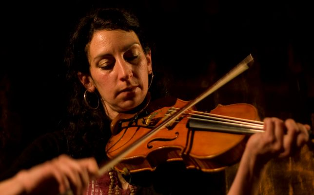 """violoniste du groupe """" zarka """""""